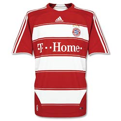 Uniforme 1 do Bayern M�nchen - Temporada 2007/2008