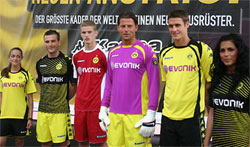 Uniforme 1 do Borussia Dortmund - Temporada 2009/2010